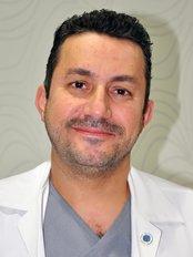 Dr Bisher Alshanawani - Plastic Surgery Clinic in Saudi Arabia