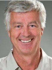 Family Dental Centre Jean Leboeuf - Dental Clinic in Canada