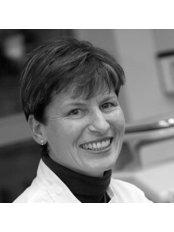 Henderson Periodontics & Implants - Dental Clinic in New Zealand