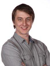 Paul Lange Dental - Dr Andrew Thorpe