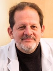 Tomas Dario Zapata-Hospital de la Moncloa - Plastic Surgery Clinic in Spain