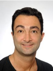 Dr. Thierry Ruach - Dental Clinic in France