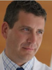 Instituto Bernabeu - Dr. Llacer