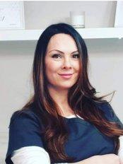 Tanya Khan Aesthetics - Medical Aesthetics Clinic in the UK
