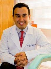 Dr. Miguel Soto. Cirujano Plástico Certificado - Plastic Surgery Clinic in Mexico