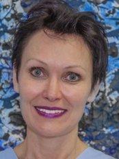 Dr. med. Univ. Ewa Siejka - Dental Clinic in Austria