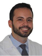 Prof. Dr. Rowan Vilar - Dental Implants and Venners Specialist - Dr. Rowan