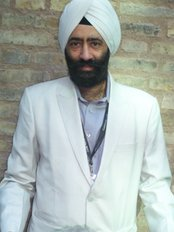 Bhalla Dental Clinic and Implant Centre - Manjit Singh Bhalla