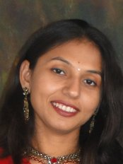 iSmile Dental Care Centre - Prof Khushbu Buddhdev Sheth