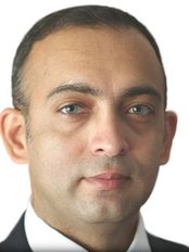 Mr Aakshay Gulati - The McIndoe Centre - Dental Clinic in the UK