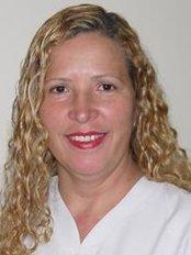 Novadent Dr. Iván Flores - Dental Clinic in Peru
