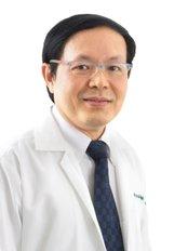 Yoskarn Clinic - Dr Somyos Kunachak