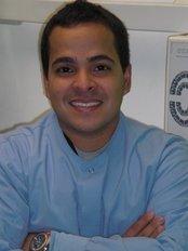 Clínica de Cosmética Dental - Dr JOSE RAUL