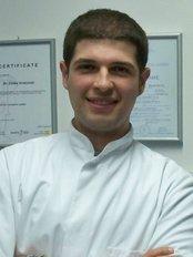 Maksident Vrshkovski - Dental Studio - Dr Petar Vrshkovski