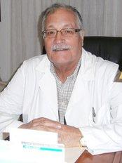 Cirugía Plástica and Estética - Dr. Galindo and Dr. de San Pío (Almería) - Dr Juan Rodríguez Galindo