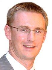 Bangor Cosmetic & Implant Centre - Dr James Bennett