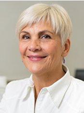 Dental clinic dr. Inga Vučković - Dr. Inga Vuckovic, dr.med.dent.