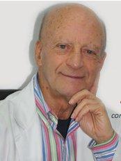 Dr.  Carlos Pires - Hospital da Luz Setúbal - Plastic Surgery Clinic in Portugal