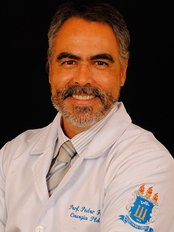 Pedro Faveret-Urca - Plastic Surgery Clinic in Brazil