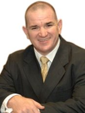 Dr. Anthony Kane - Plastic Cosmetic Reconstructive Surgeon - Plastic Surgery Clinic in Australia