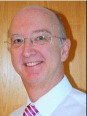 Lakeside Dental Practice - Dental Clinic in the UK