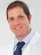 Dr. Patrick Borbely - Dental Clinic in Colombia