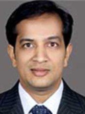 Dr.Goenka Hair Transplant Clinic - Hair Loss Clinic in India