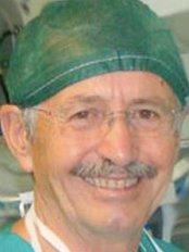 Alessandro Massei - Casa di Cura Santa Zita - Plastic Surgery Clinic in Italy
