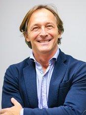 Dentailor Zahnarztpraxis - Dr. Tamas Szabo Zahnarzt