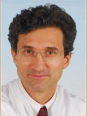 Dr. Med. R. Khorram Facharzt für Plastische und  Ästhetische Chirurgie - Plastic Surgery Clinic in Germany