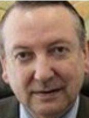 Juan Padró, Dermatología - Medical Aesthetics Clinic in Spain