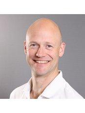 Farnham Chiropractic Wellness - Chiropractic Clinic in the UK