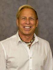 Dr. Mark Rykiss Winnipeg (Fort Richmond) - Dental Clinic in Canada