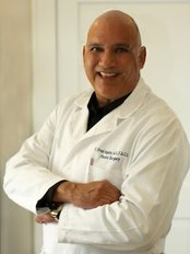 Dr. Fred Aguilar, Aesthetic Plastic Surgery - Montrose Boulevard - Plastic Surgery Clinic in US