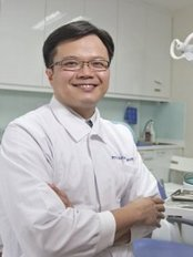 Royce Dental Surgery - Woodlands - Dr Yeo Kok Beng