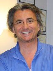 Clinica Dermoestetica del Dott. Fabio Caprara - Cinisello Balsamo - Medical Aesthetics Clinic in Italy