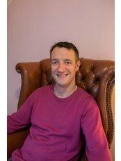 Focused Hypnosis - Richard Hennessy hypnotherapist