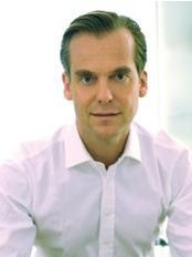 Dr. Timm Goluke Dermatologist - Dermatology Clinic in Germany
