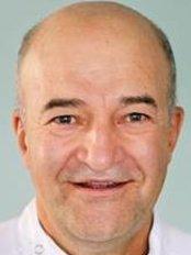 Innova Orto -Padron Ortodoncia Branch - Dental Clinic in the