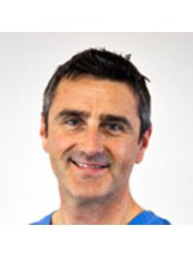 Davies & Associates Dental Surgeons - Dr Phillip Davies