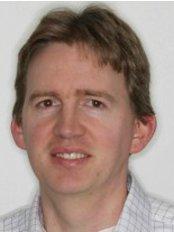 Devereux Orthodontics - Louis Devereux BA, B.Dent Sc., MSc., M.Orth.   Specialist Orthodontist.