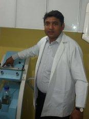 Klinik Esthetika - dr. vijay