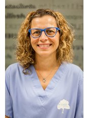 Clinica Dental El Cedro Barcelona - Dr Leticia RODRIGUEZ - Dental Surgeon at Clinica Dental EL CEDRO BARCELONA