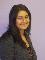 Foxland Dental Surgery - Mrs Reena Aggarwal