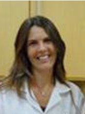 Elaine Granato - Odontologia - Dental Clinic in Brazil