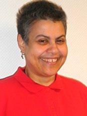 Susan Daw Elbeit El Tegani - Dental Clinic in Germany