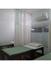 Rudi Clinical Medicine In Thailand - Acupuncture Clinic in Thailand