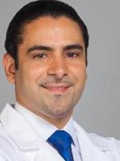 Dr. Fernando Francis - Plastic Surgery Clinic in Dominican Republic