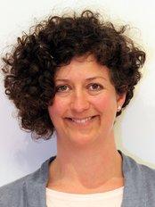 Rachel Jennings - Osteopathic Clinic in the UK