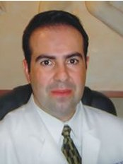 Dr. Daniel Robles Pereyra - Plastic Surgery Clinic in Mexico